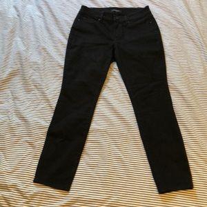 Ann Taylor Black Curvy Skinny Jeans in 6 Petite